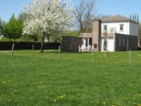 Ferienhäuser mit umzäunten Garten