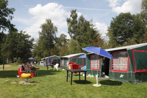 6-Personen Möbliertes Zelt