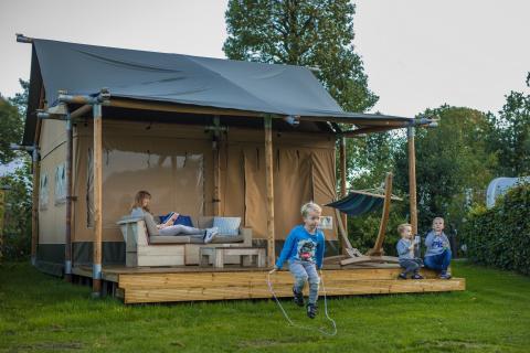 4-Personen Möbliertes Zelt Safarilodge
