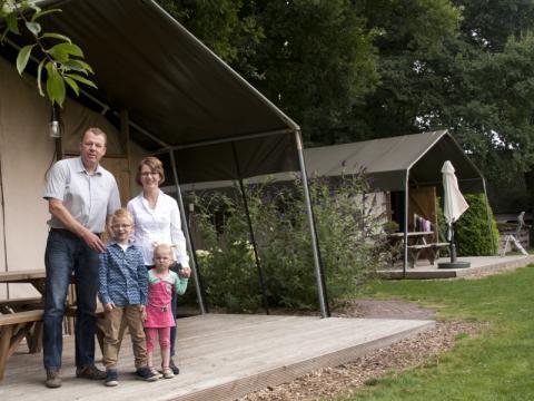 6-Personen Möbliertes Zelt Luxe safaritent