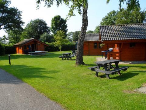 Camping en jachthaven De Meeuw